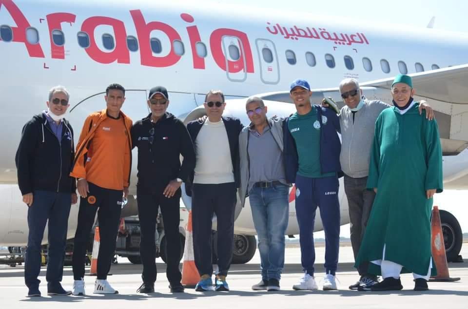Quelques membres des deux délégations à l'aéroport d'Agadir.
