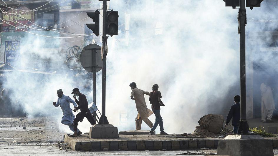 Pakistan : onze policiers libérés après avoir été capturés par des manifestants anti-France