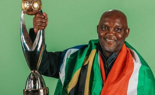 Afrique du Sud : Le gouvernement ferait pression sur Mosimane pour qu'il reprenne les Bafana Bafana !