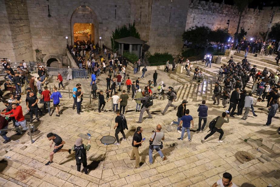 Après les affrontements, la police israélienne rouvre l'accès aux abords de la Porte de Damas