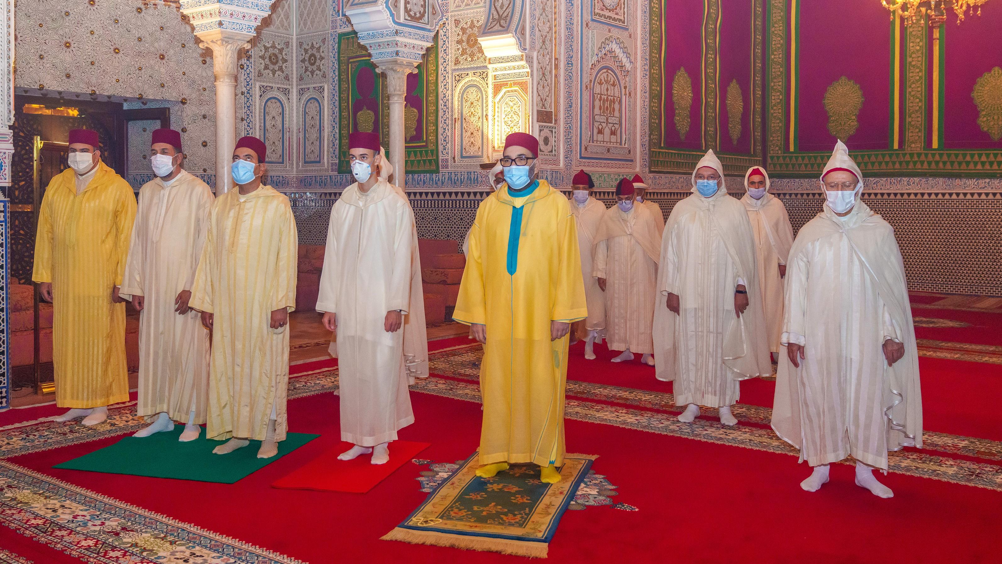 SM le Roi Mohammed VI commémore Laylat Al-Qadr