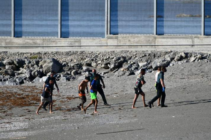 2.700 migrants arrivent à Ceuta en une journée, nouveau record (Ph. AFP)