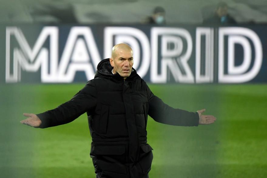 Officiel : Zidane quitte son poste d'entraîneur du Real Madrid