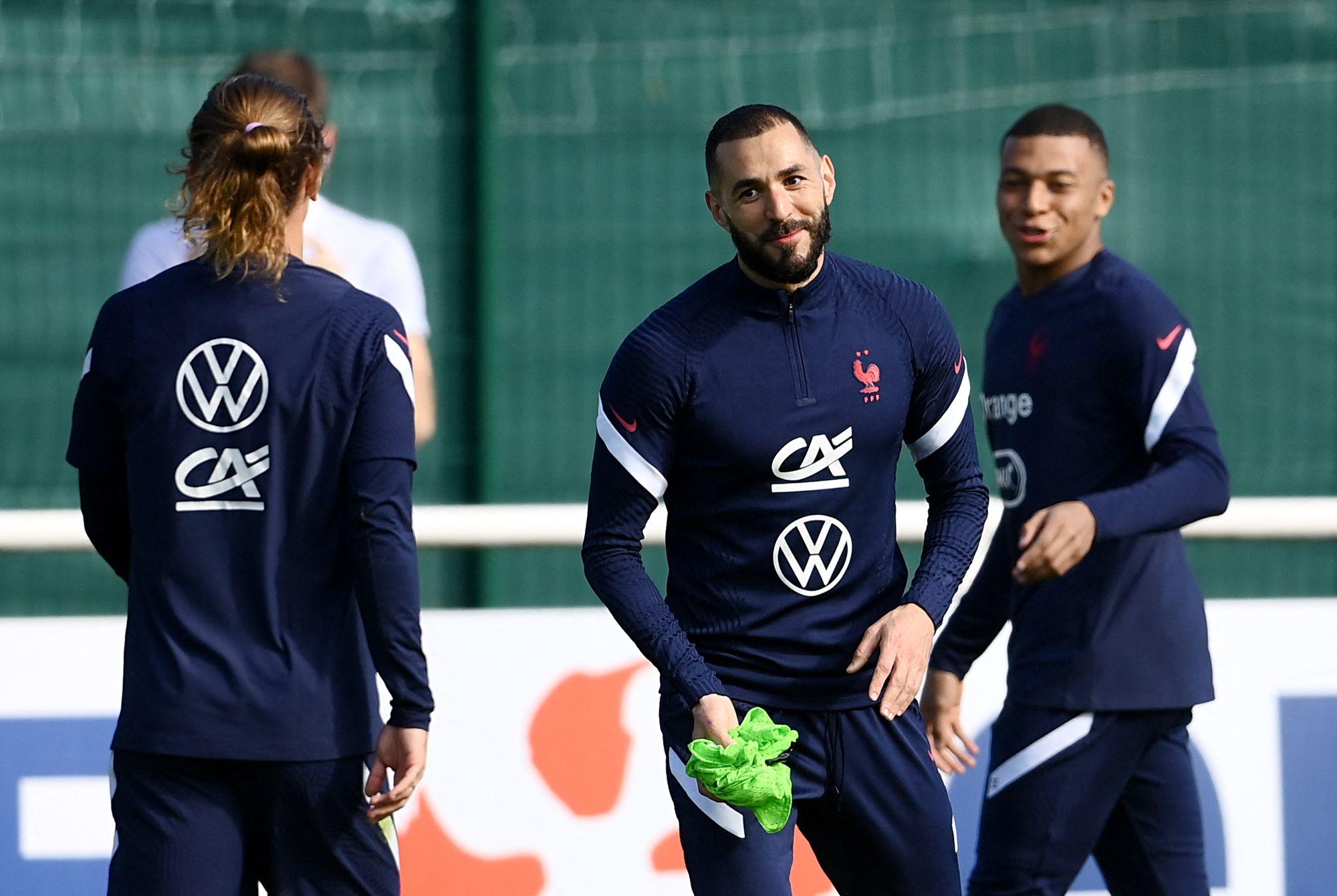 Retour de Benzema en équipe de France : 75% des français amateurs de football favorables !