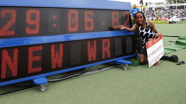 Athlétisme : Sifan Hassan bat le record du monde du 10.000 m