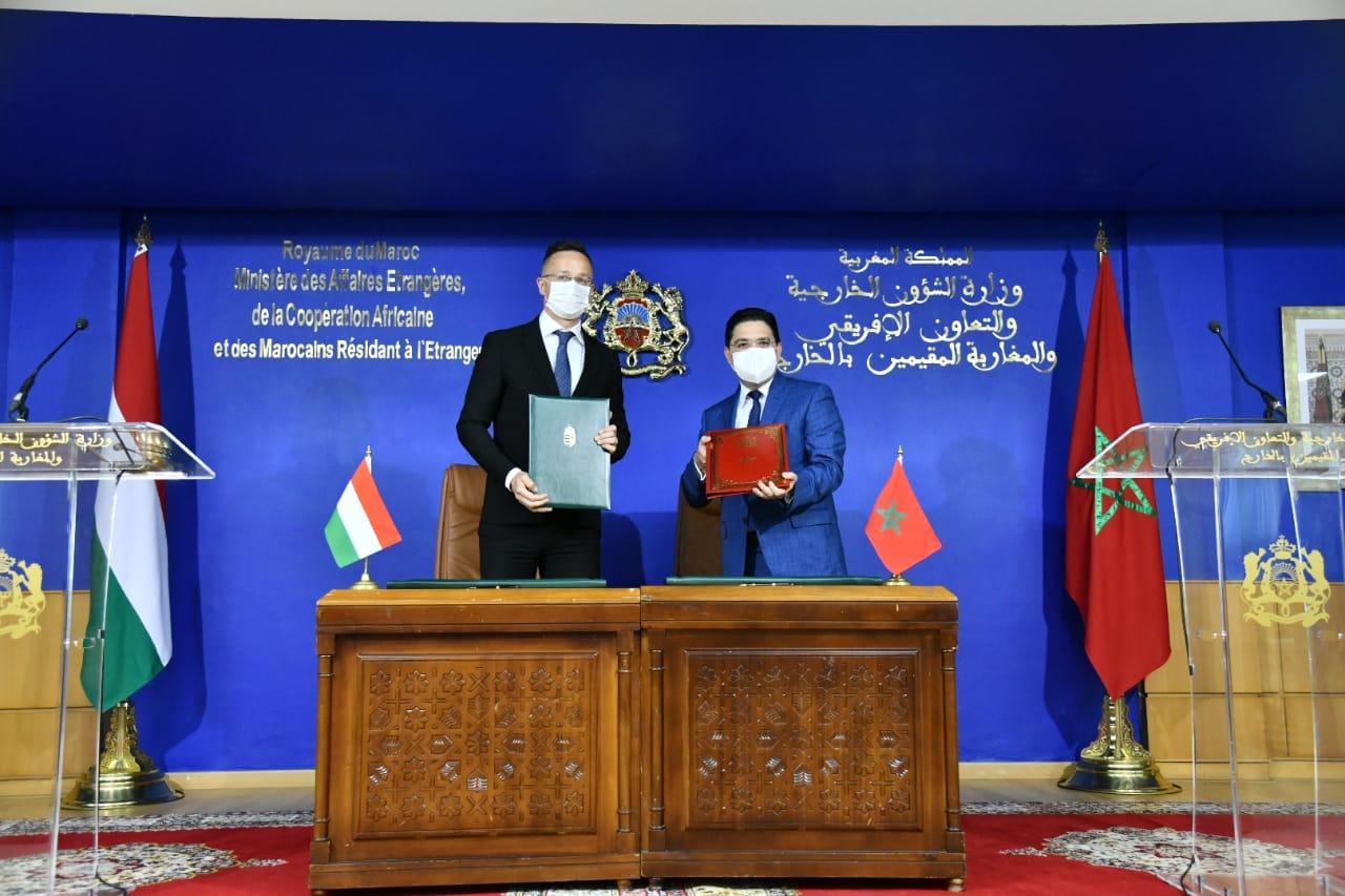 Le Maroc et la Hongrie conviennent de reconnaitre réciproquement les certificats de vaccination