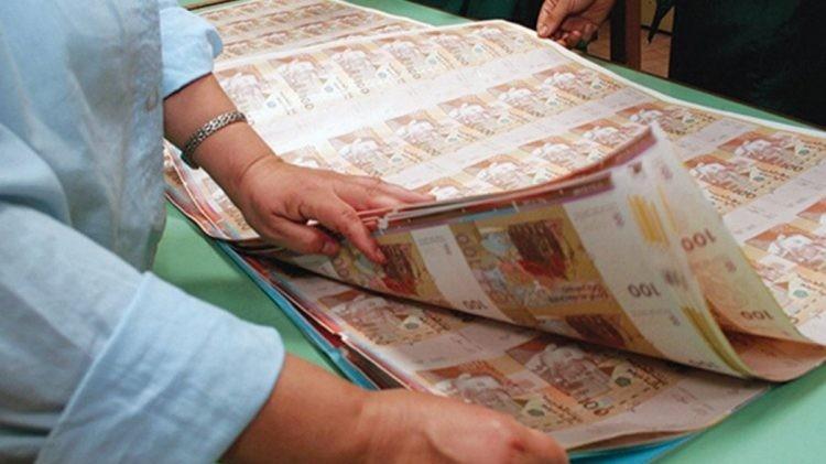 Banques : le besoin en liquidité s'accentue, les créances en souffrance s'envolent