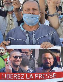 Algérie: Le pouvoir musèle la presse
