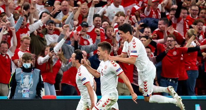 Euro 2020 : Le Danemark héroïque élimine la Tchéquie (2-1) et passe en demi-finale !