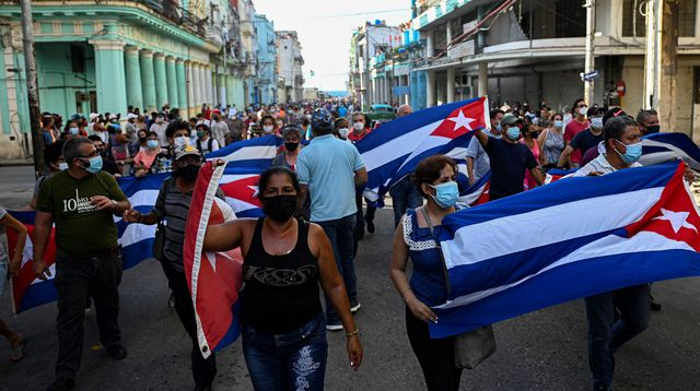 Cuba:  Les Cubains s'initient au Hirak