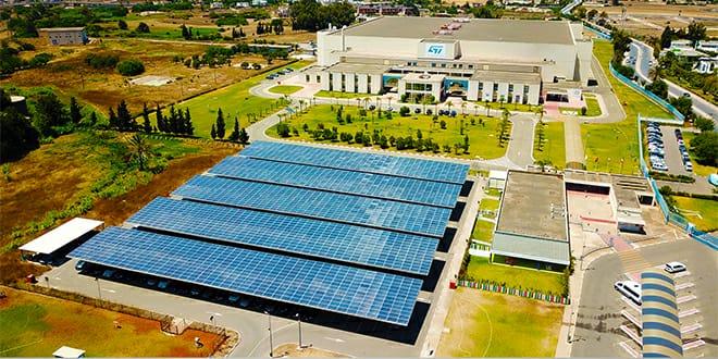STMicroelectronics de Bouskoura utilisera 50% d'énergie renouvelable d'ici 2022