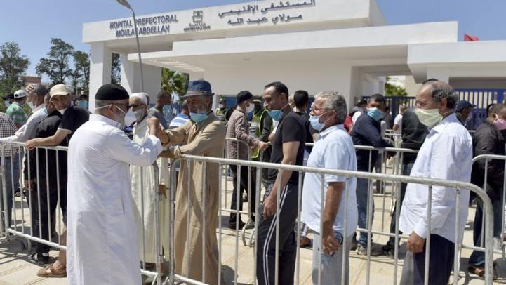 Le ministère de la Santé alerte sur l'encombrement des centres de vaccination
