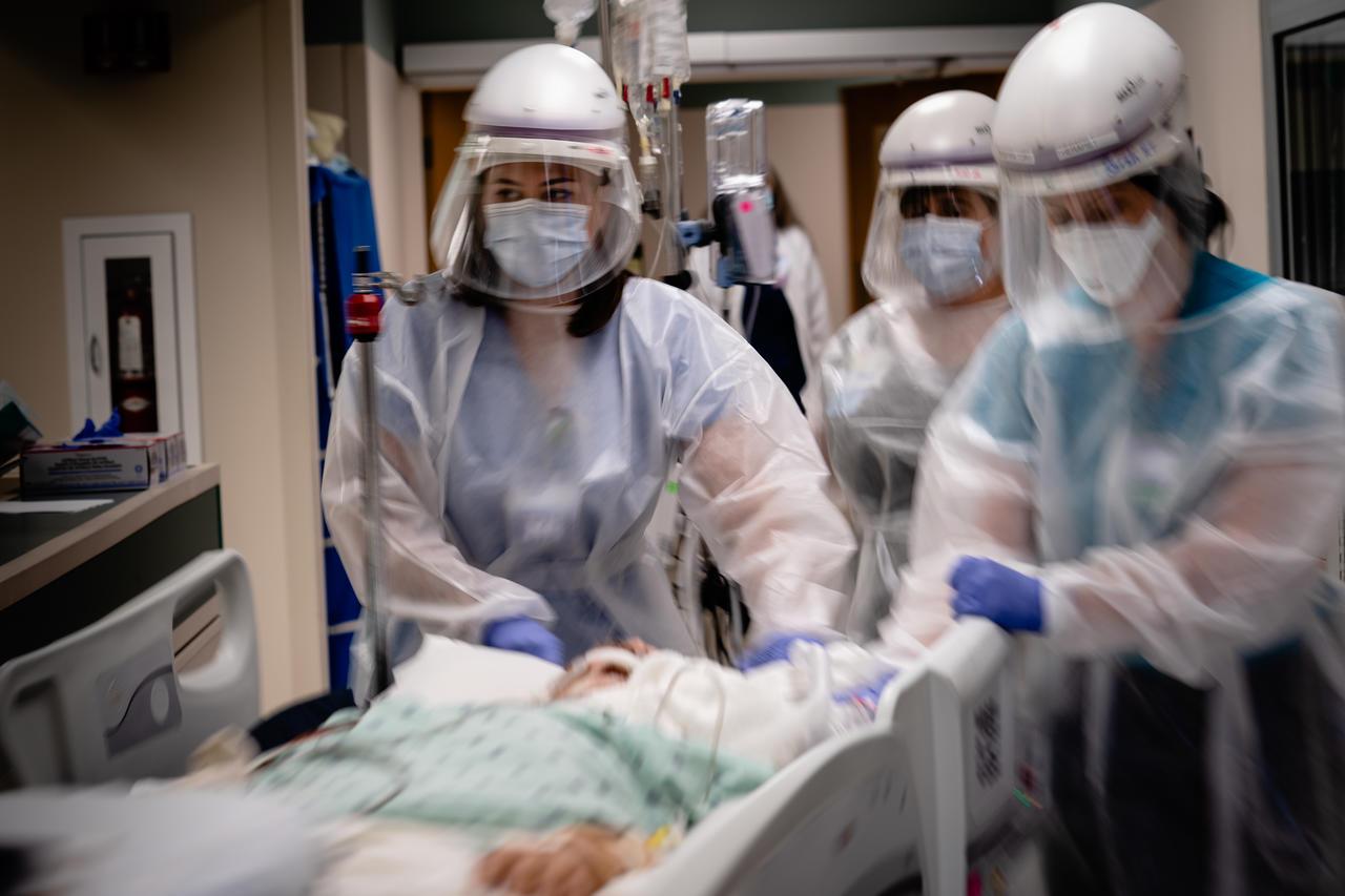 Covid-19: les patients souffrant du variant Delta ont le plus besoin d'un traitement hospitalier (étude)
