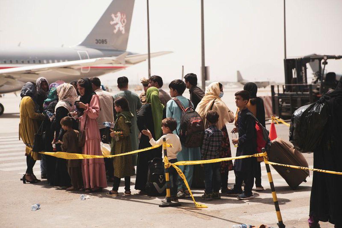 Afghanistan : Les Talibans se préparent à prendre l'aéroport de Kaboul