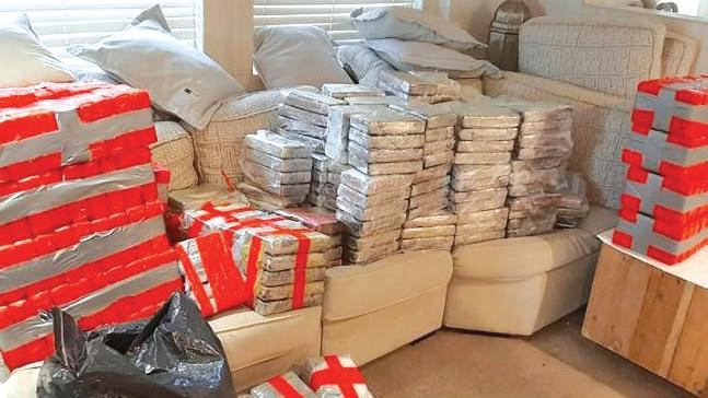 Stupéfiants : Deux tonnes de cocaïne saisies au large de l'Angleterre