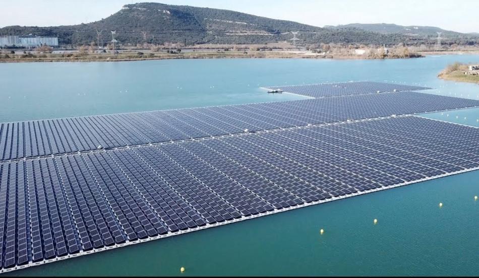 La première centrale photovoltaïque flottante en Afrique du Nord bientôt opérationnelle au Maroc