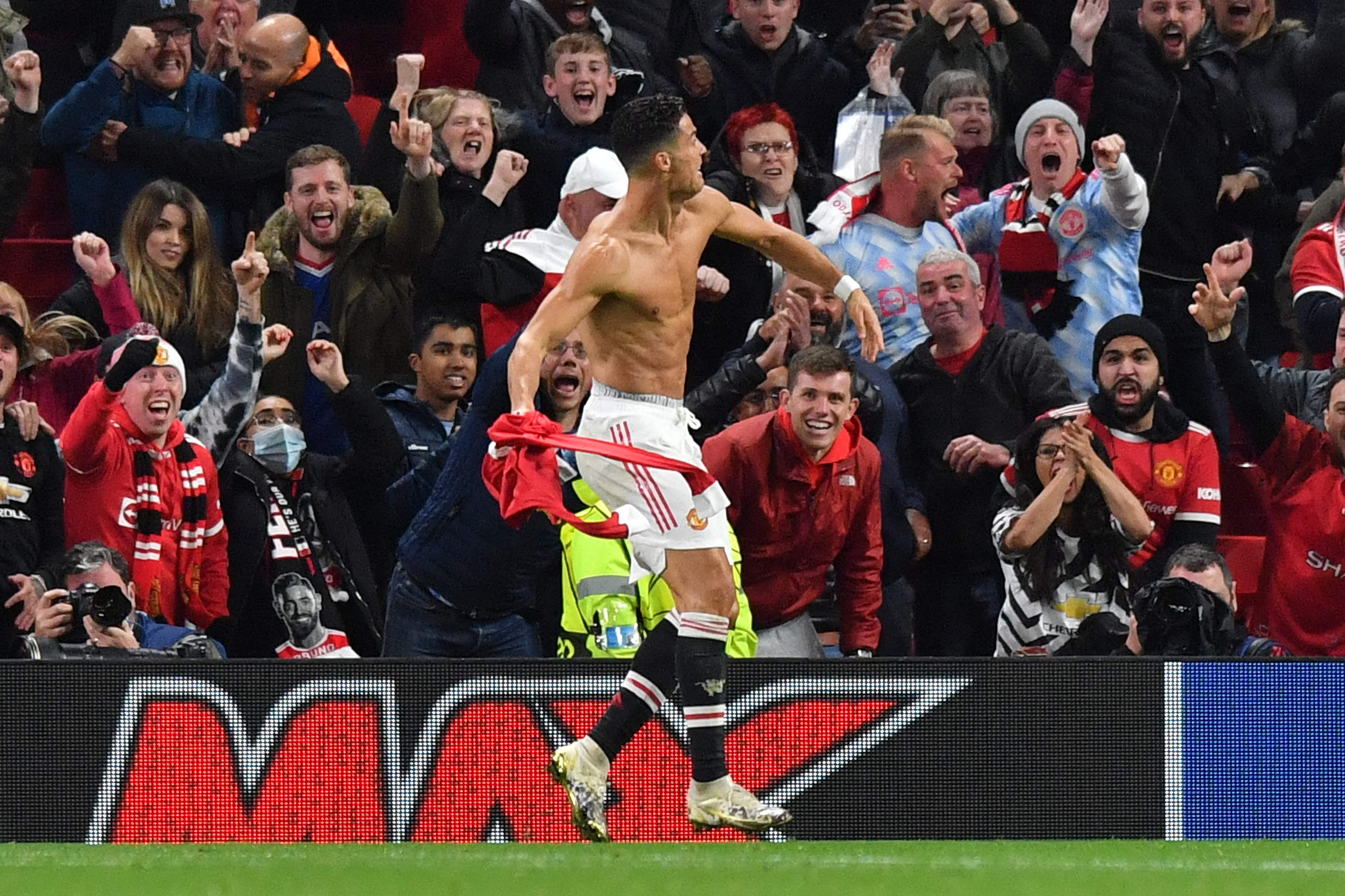 Ligue des Champions/Manchester United-Villarreal (2-1) : Ronaldo buteur décisif et leader de tout un collectif