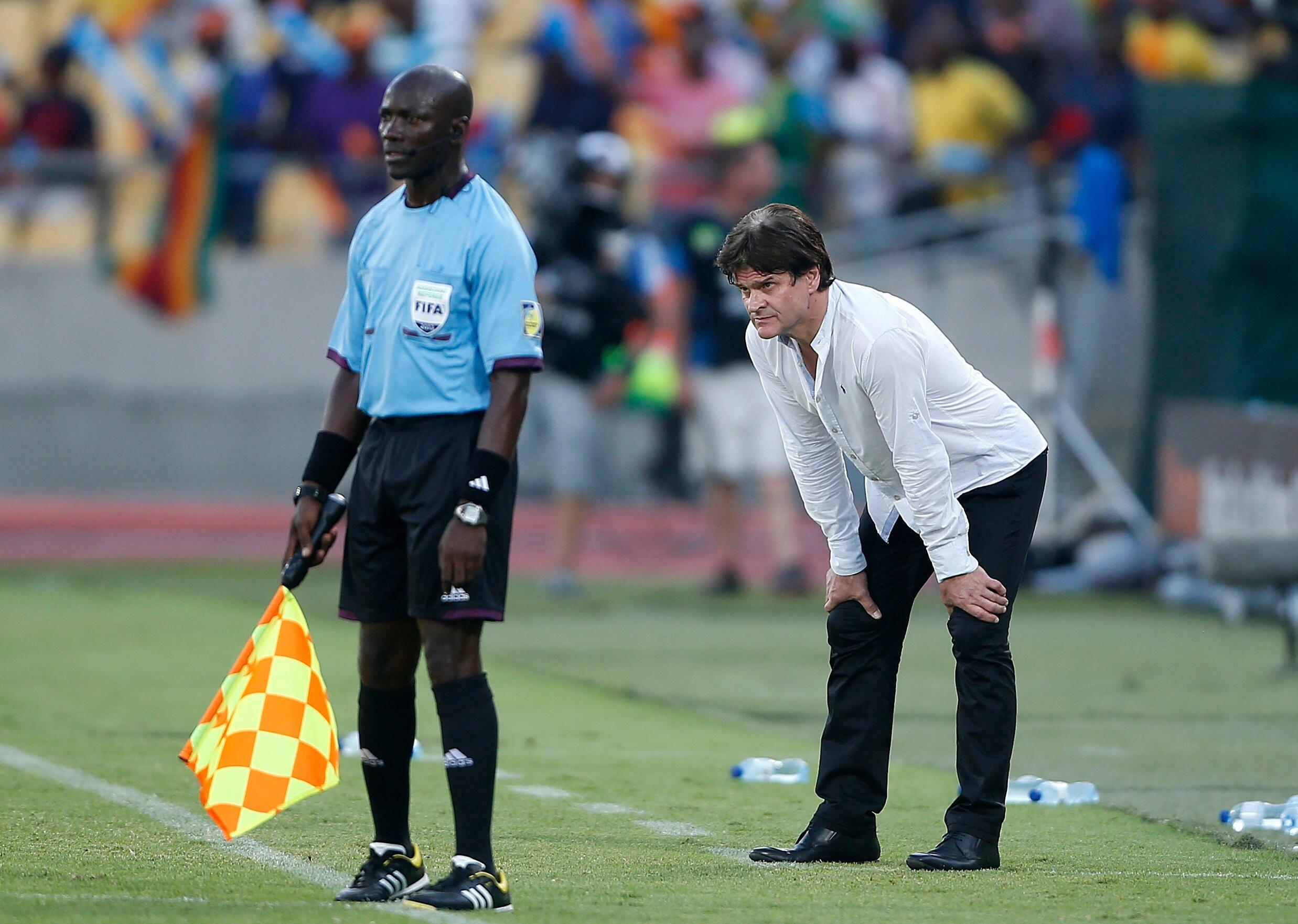 Guinée-Maroc, sans Didier Six sur le banc ?