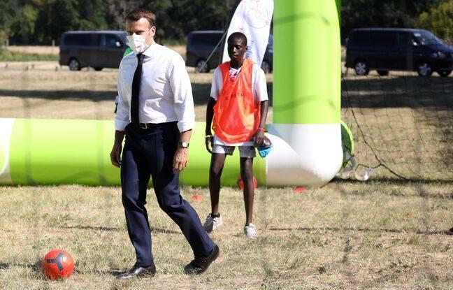 Le Président Macron joue au foot  jeudi prochain pour la bonne cause !
