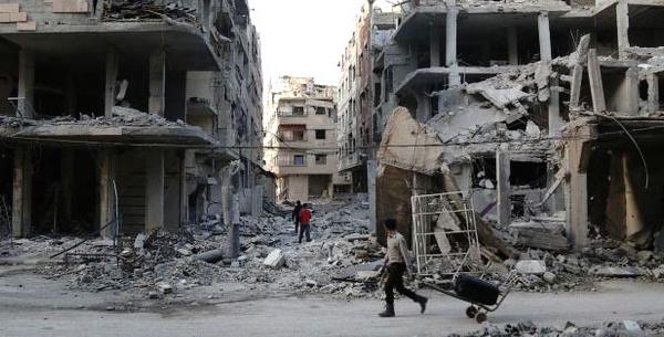 10 ans de guerre sans déboulonner Assad