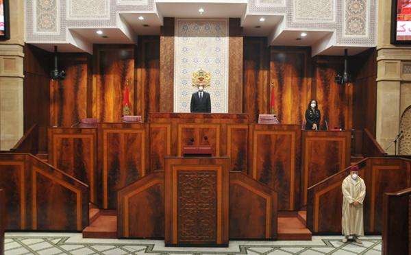 Après la distanciation sociale, la distanciation parlementaire