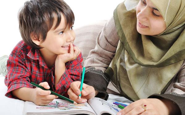 Suivi de l'enseignement des enfants en temps de confinement: gare aux excès, ne surchargez pas vos petits !