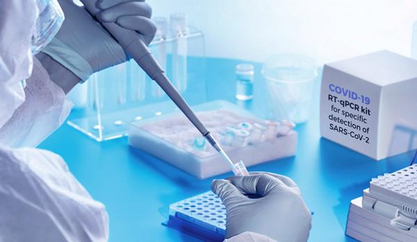 Tests et médicaments anti-Covid: Y a-t-il ou non pénurie?