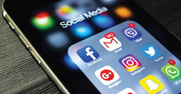 Facebook, Twitter, Instagram et Snapchat : Les réseaux sociaux sont-ils générateurs de dépression ?