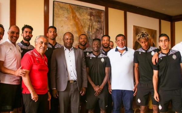 WAC-Kaizer Chiefs :   Le patron du football burkinabé rend visite au Wydad