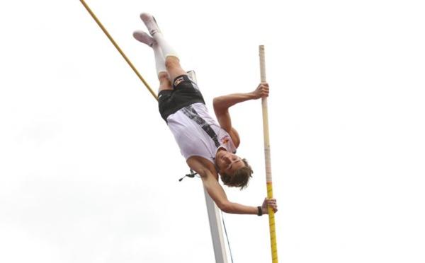 Athlétisme: Duplantis s'impose à la perche avec un saut à 6,05 m