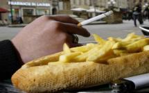Sevrage tabagique : Peut-on arrêter la cigarette sans prendre du poids ?