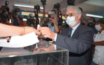 Nizar Baraka dépose son bulletin de vote